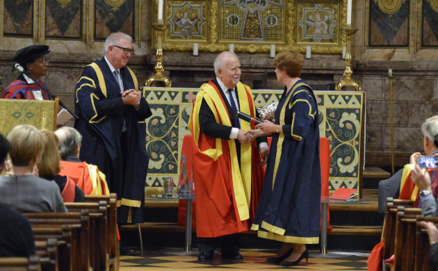 Picture of Vartan Gregorian receiving King's College honorary degree