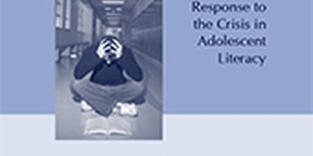 Reading At Risk. The State Response to the Crisis in Adolescent Literacy. The Report of the NASBE Study Group on Middle and High School Literacy
