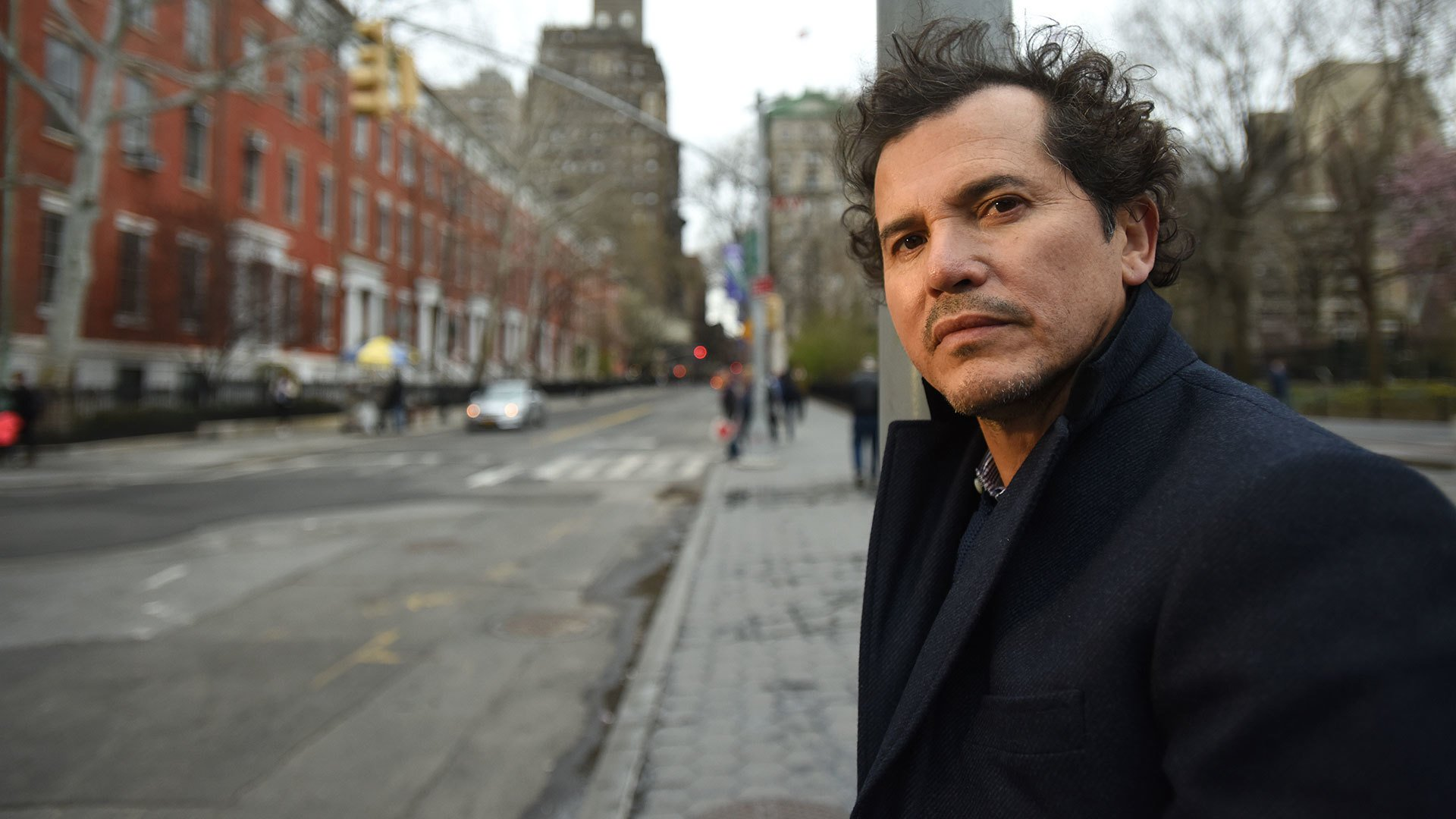 John Leguizamo on the street