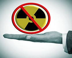 Carl Robichaud: New Ideas for a Nuke-Free World