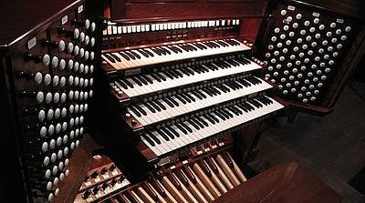 RTEmagicC_Organ_Shot.Sized_for_Homepage.jpg
